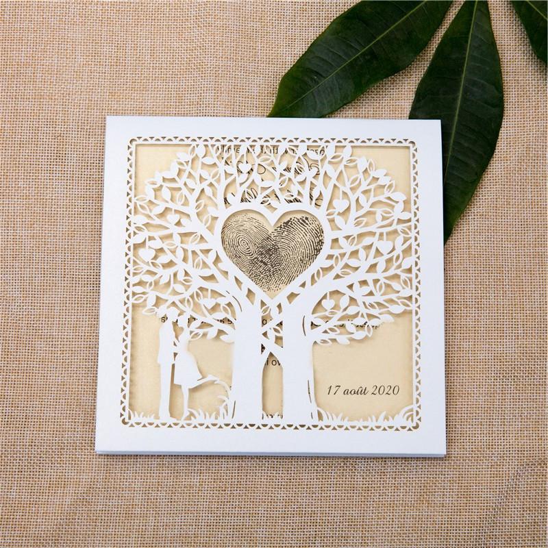 Faire-part ciselé silhouette couple et arbre à cœur blanc et crème