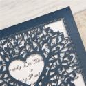 Faire-part ciselé silhouette couple et arbre à cœur bleu et blanc