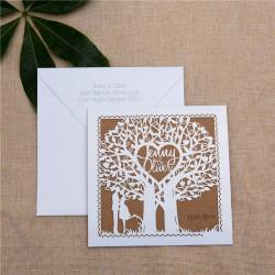 Faire-part ciselé silhouette couple et arbre à cœur blanc et kraft et personnalisation des prénoms
