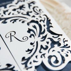 Faire-part ciselé portes princières 2 rabats blanc et bleu avec personnalisation